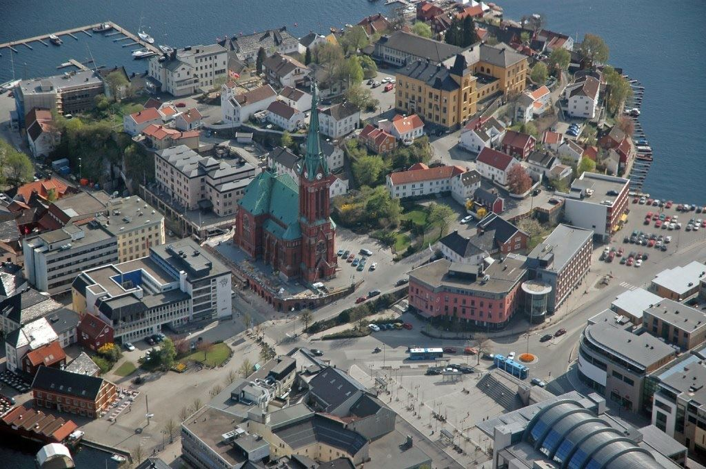 Helikopter sightseeing fra Arendal over Arendal